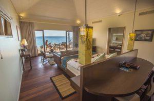 Romantic Ocean Villa – Hurawalhi Island Resort