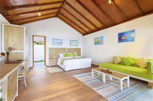 Sunset Beach Bungalow – Innahura Maldives Resorts