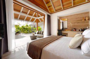 Jacuzzi Beach Villa – Kandolhu Maldives