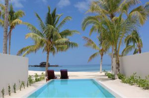 Grand Beach Suite with Pool – Olhuveli Beach & Spa