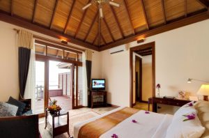 Jacuzzi Water Villa – Olhuveli Beach & Spa