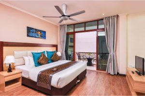 Deluxe Double with Pool View – Trtiton Beach Hotel, Maafushi