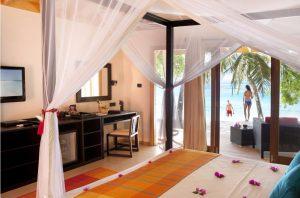 Beach Villa – Vilamendhoo Island Resort
