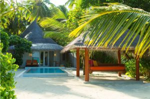 Deluxe Beach Villa with Pool – Sun Aqua Vilu Reef