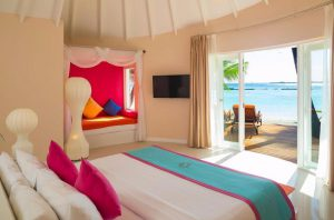 Jucuzzi Deluxe Beach Villa – Sun Aqua Vilu Reef